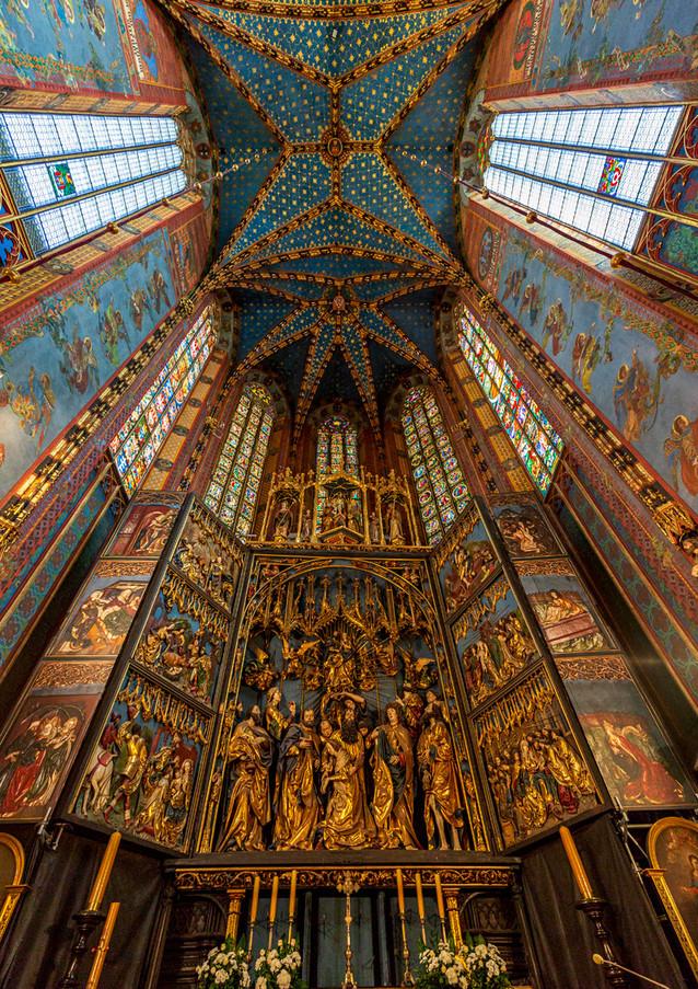 """Miljö ur """"Schindler's List"""", Mariakyrkan i Krakow, Polen. Klicka på pilarna i vänstra hörnet för större version av bilden."""