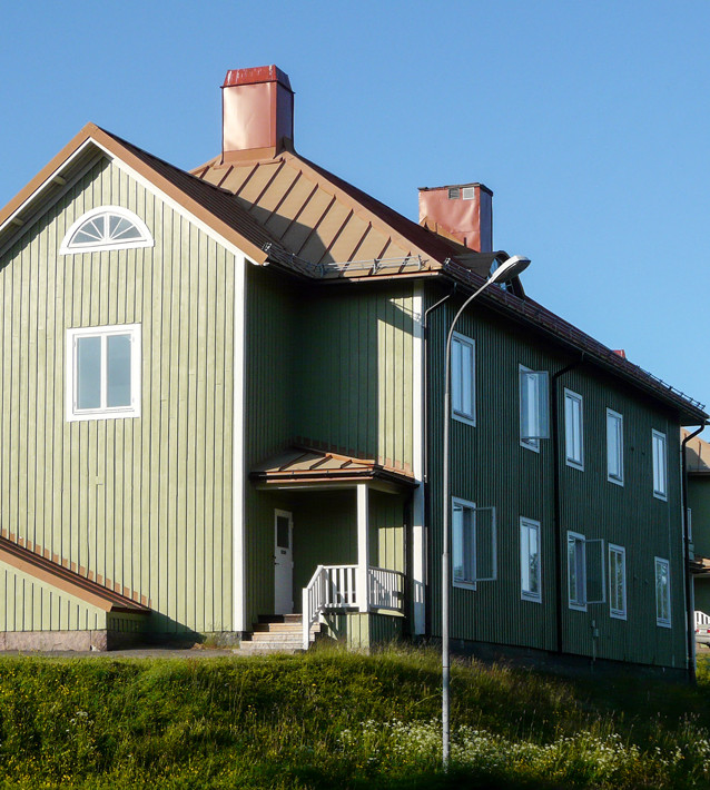 Arbetarbostad från kring år 1900. Flyttad närmare Kirunas nya centrum.