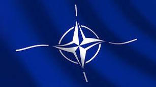 """Kaltinimais """"agresija"""" ir """"duotų pažadų laužymu"""" sėjamas nepasitikėjimas NATO veikla Baltijos šalyse"""