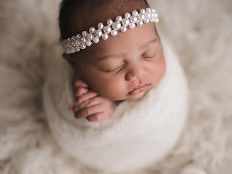 Indianapolis Newborn Photographer / Welcome baby Zylah