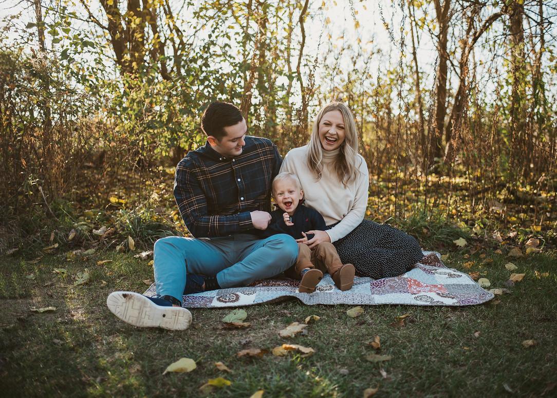 family fall photo shoot carmel indiana