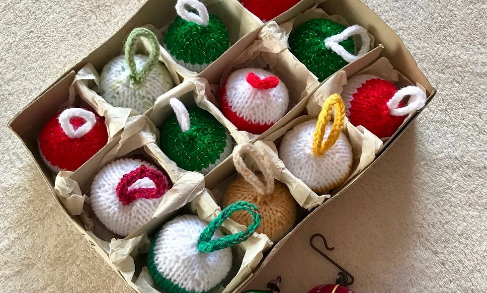 Christmas Bauble Tree Decoration Knitting Pattern