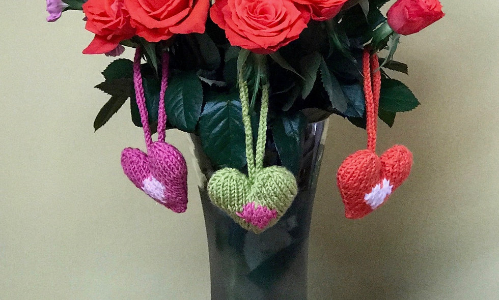 Knitted hearts Christmas Tree Decoration Knitting Pattern