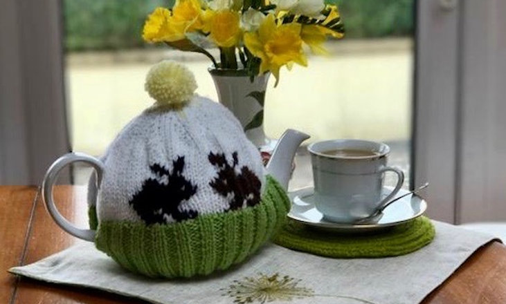 Spring Bunny Tea Cosy Knitting Pattern