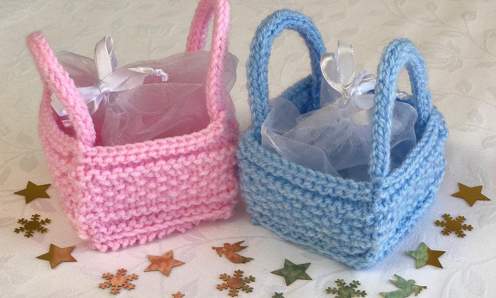 Bitsy Basket Knitting Pattern