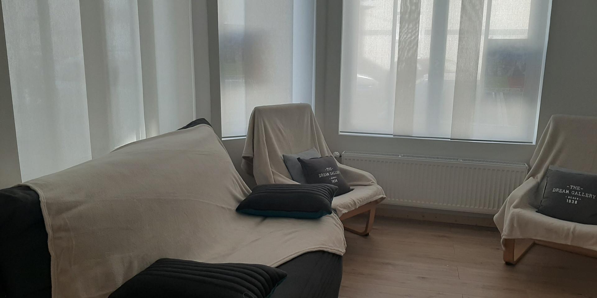 salon : canapé et fauteuils