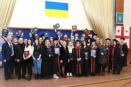 В НУК ім. адмірала Макарова пройшла урочиста церемонія вручення дипломів