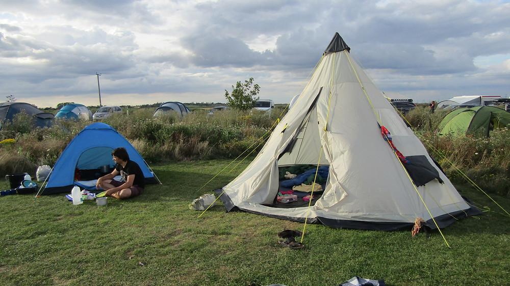 tipi tent camping
