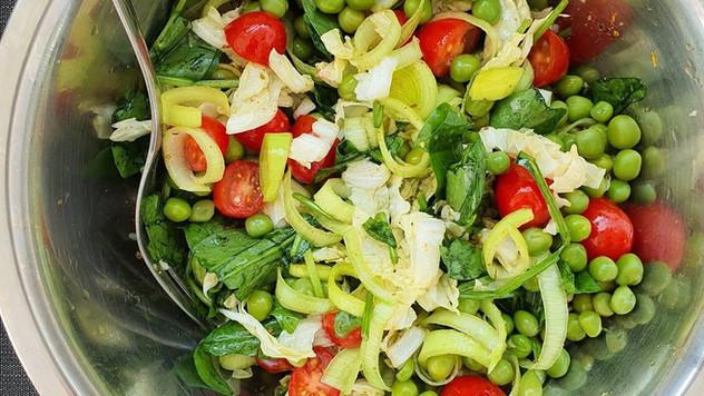 Como preparar ervilha fresca? Experimente a deliciosa Salada de Ervilha