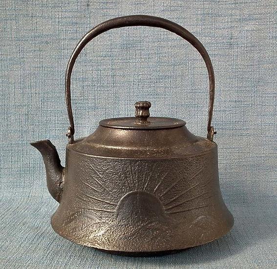 Large Antique Japanese 19th c Meiji Period Cast Iron Teapot Kettle Tetsubin