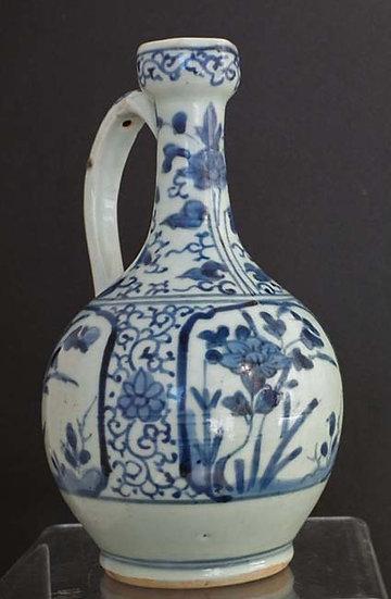 Antique Japanese Arita Porcelain Ewer 17th century