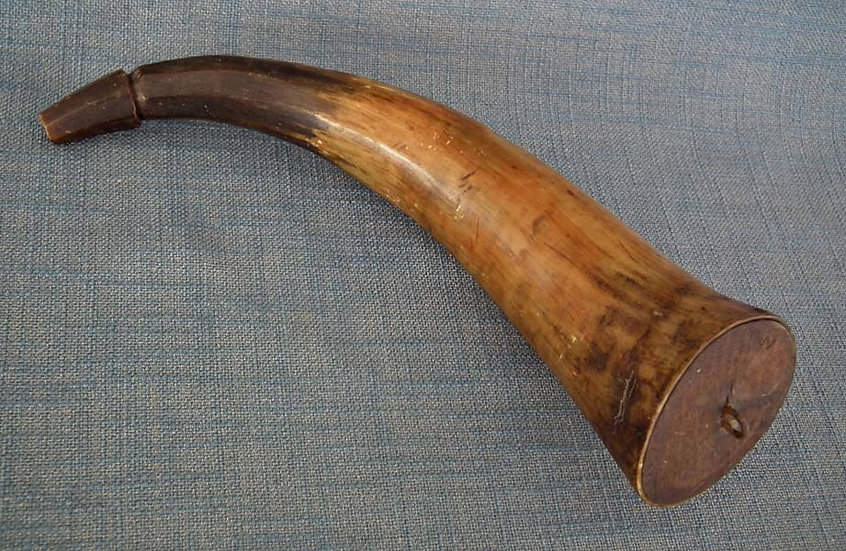 Antique 18th century American Revolutionary War Rifleman Gun Powder Horn