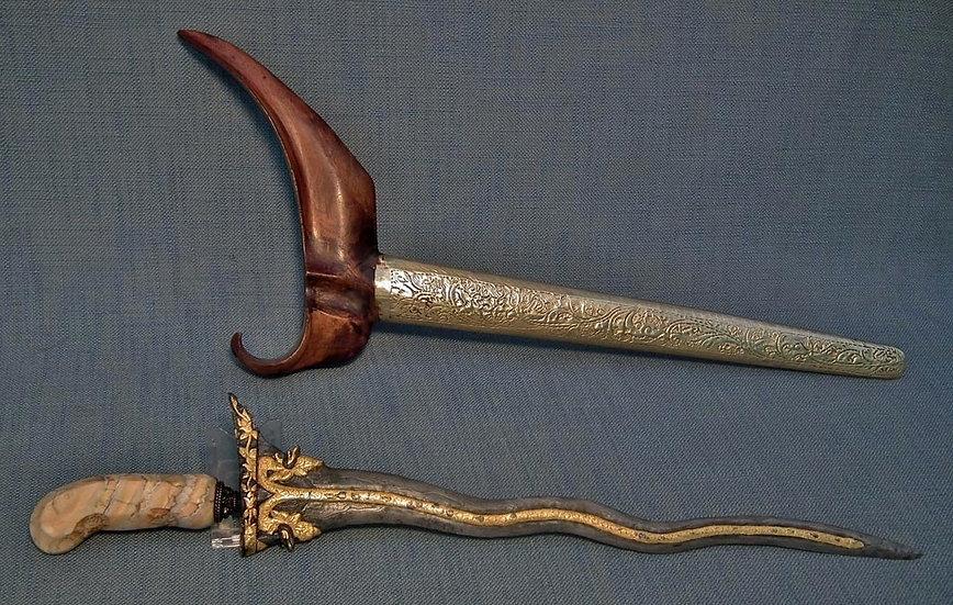 Antique Javanese Indonesian Kris Keris Molar Fossil Hilt And Gold Naga Naga Peng