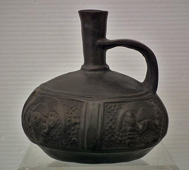 Antique Pre-Columbian Chimu Blackware Pottery Vessel ca. 1100 - 1532 AD