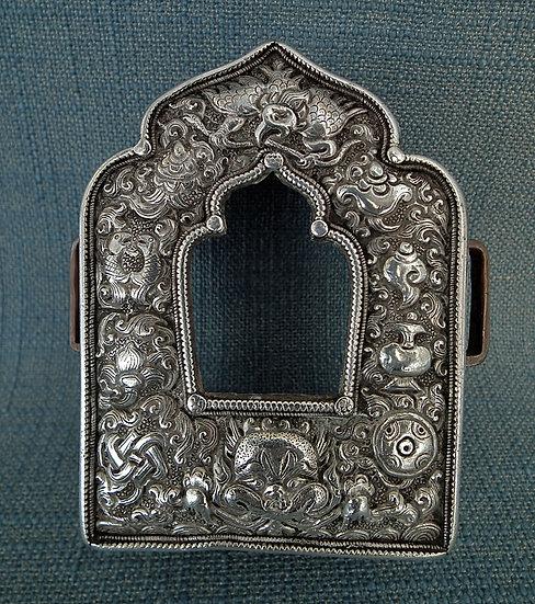 Antique 18th -19th c Tibetan Gau Reliquary Portable Altar Shrine Prayer Box