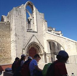 Lisbon for Kids, Little Lisbon, passeios privados, roteiro familiar, lisboa com crianças, atividades em Lisboa, passeios a pé, convento do carmo, 1755, terramoto