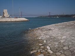 LITTLE LISBON. Lisbon for kids. Tours for families. Private Family Tours. Sunset sailig tour, boat tour dolphins whales
