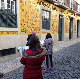 Lisbon for Kids, Little Lisbon, passeios privados, roteiro familiar, lisboa com crianças, atividades em Lisboa, passeios a pé, Bairr Alto, caça ao tesouro