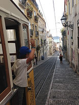 Little Lisbon, Lisbon for Kids, Private Family Tour, Guided Visits, Kids tour, tour for kids and families, Bica, Bairo Alto, Chiado