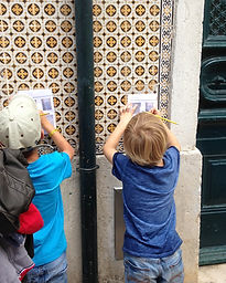 LITTLE LISBON. Lisbon for kids. Tours for families. Private Family tours. Genuine Lisbon family tour. Alfama, scavenger hunt, Castelo, Mouraria