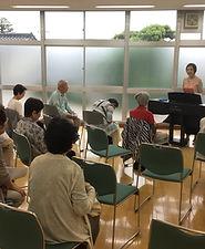 ピアノに合わせて歌う会.JPG