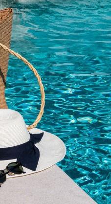 farniente_à_la_piscine_6_modifié.jpg