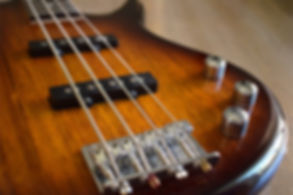 bas-gitar.jpg