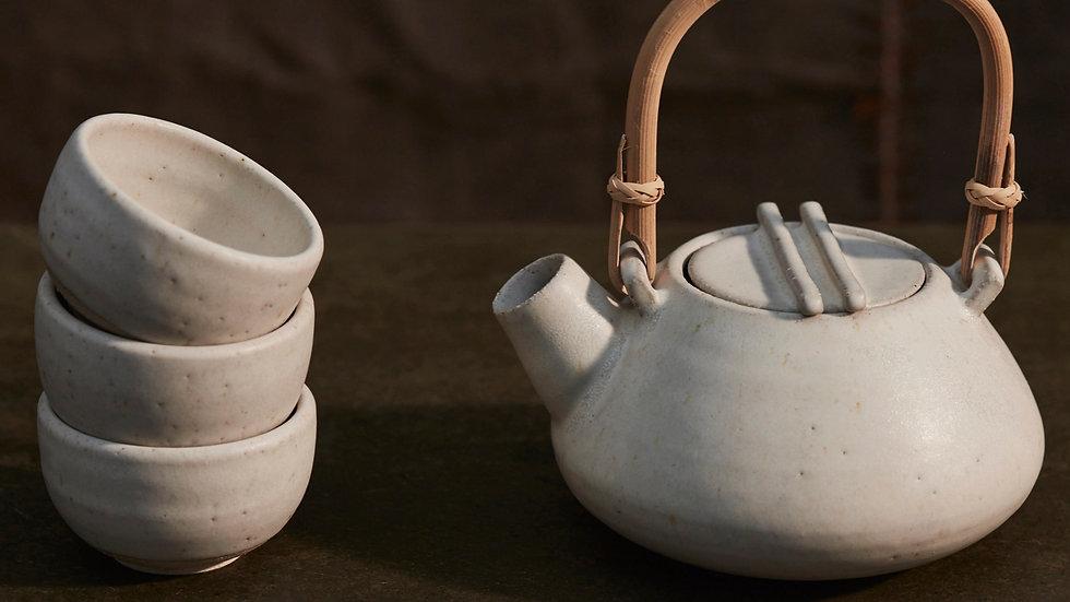 Japanese Teapot & Teabowls