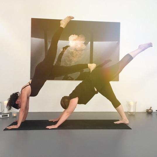 Friends Yoga & Brunch