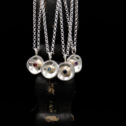Curvo Necklace w/Gemstone & 14k Gold