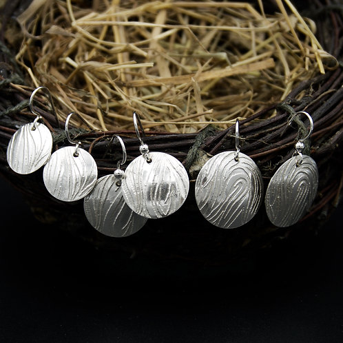 Etched Wavy Lines Earrings - Circular