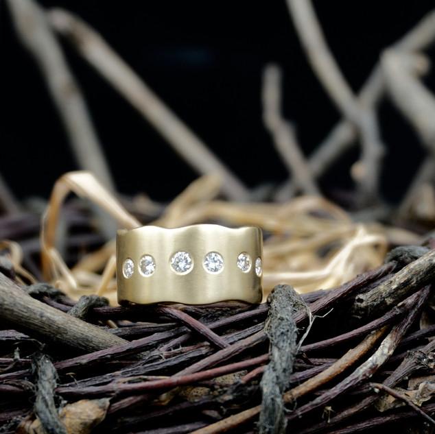 Gold & Diamond Wave Ring