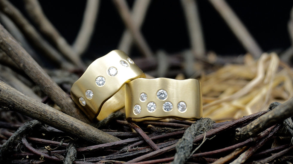 18k Gold & Diamond Wave Rings