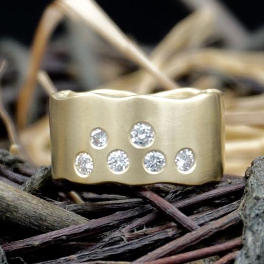 Gold & Diamond Scatter Ring