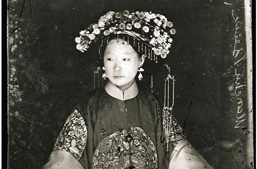 Thomson Manchu bride 1871.jpg
