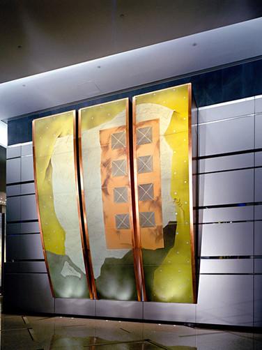 WARREN CARTHER  Vestige, Lincoln House, Hong Kong  Dichroic glass  23 x 20 x 6 ft.