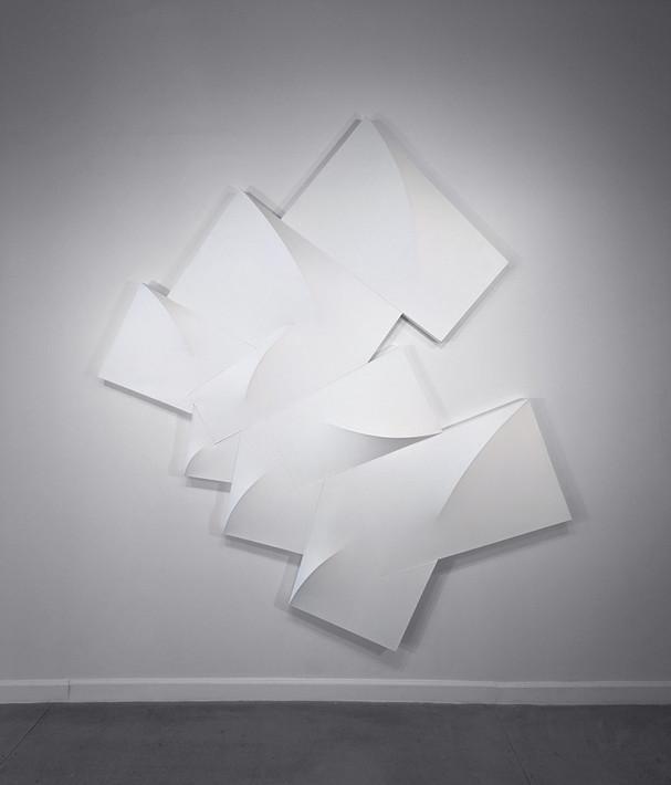 CHARLES HINMAN Aeolus, 1989 acrylic on shaped canvas Artwork: 120 x 108 x 6 inches   304.8 x 274.3 x 15.2 cm