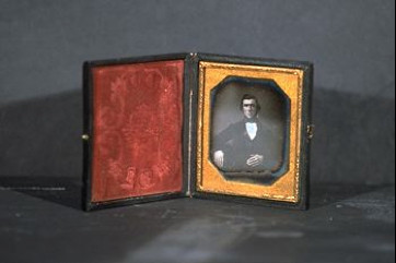 ANON.  Untitled  1850  daguerreotypes  (1) 2.75 x 2.25 inches (1) 2.2 x 2.6 inches