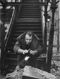 Rod Steiger under the 3rd Avenue EL in New York City, 1950s