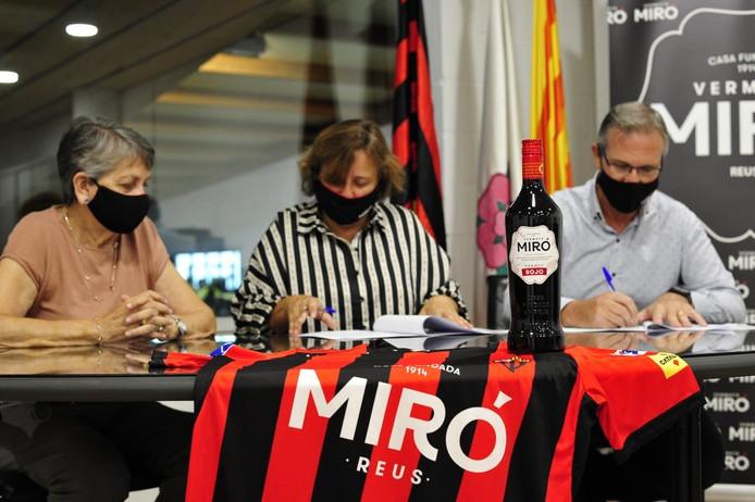 El Reus renueva a Vermuts Miró como su sponsor principal
