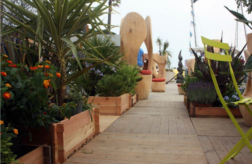 du bois pour le mobilier extérieur