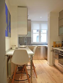 cuisine moderne et parquet bois