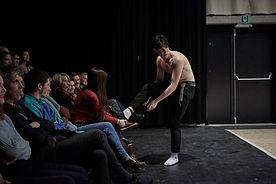 tint jong theater sjow