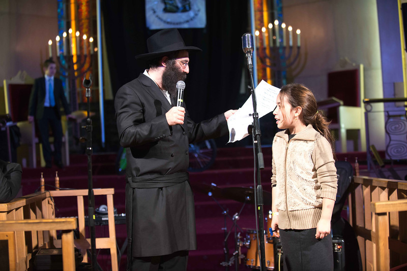 87 rabbi shimmy weinbaum with girl.jpg
