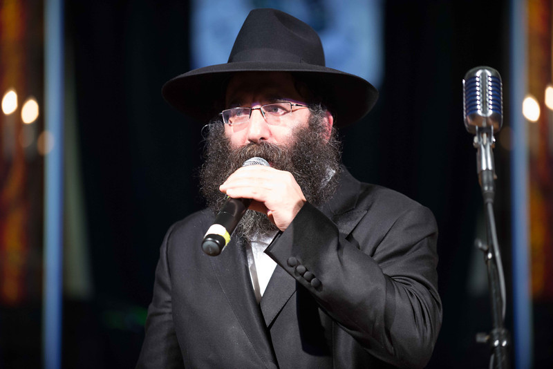 98 rabbi shimmy close-up.jpg