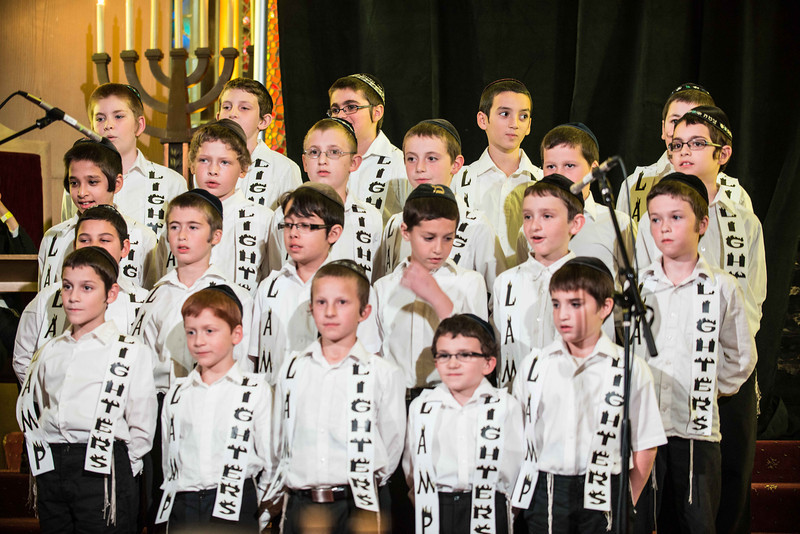 62 cheder menachem boys choir.jpg