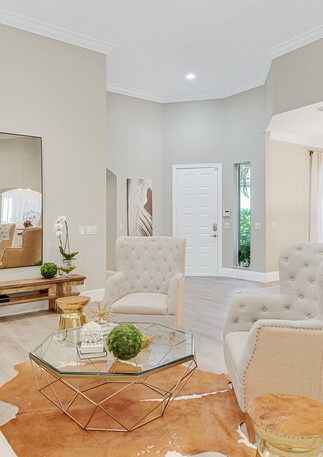 This cozy gem in the heart of one of Wellington's most desirable neighborhoods interior design by HW Interiors