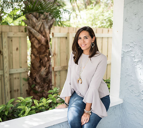 Michelle Lara | Website & Logo Designer in South Florida
