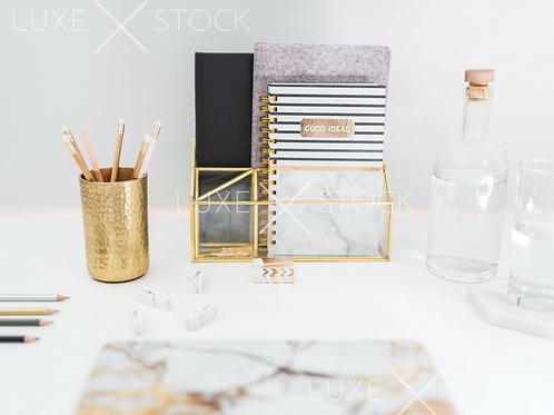 Modern Desktop | Gold Accent 3