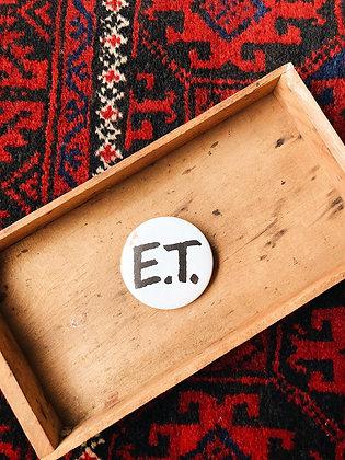E.T. Pin